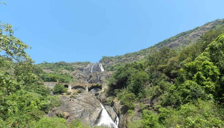 best time to visit dudhsagar waterfalls