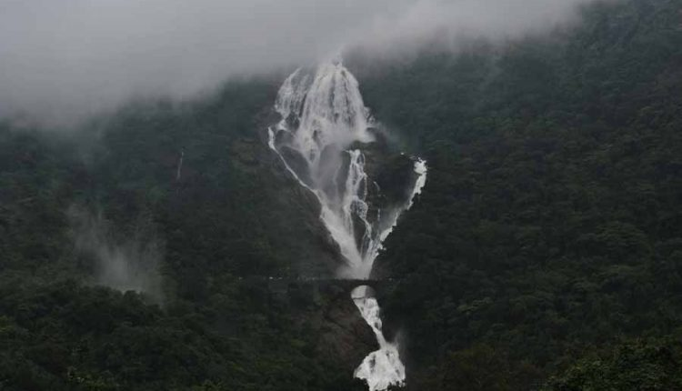 dudhsagar falls timing