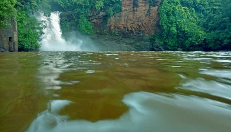 arvalem-waterfalls-goa