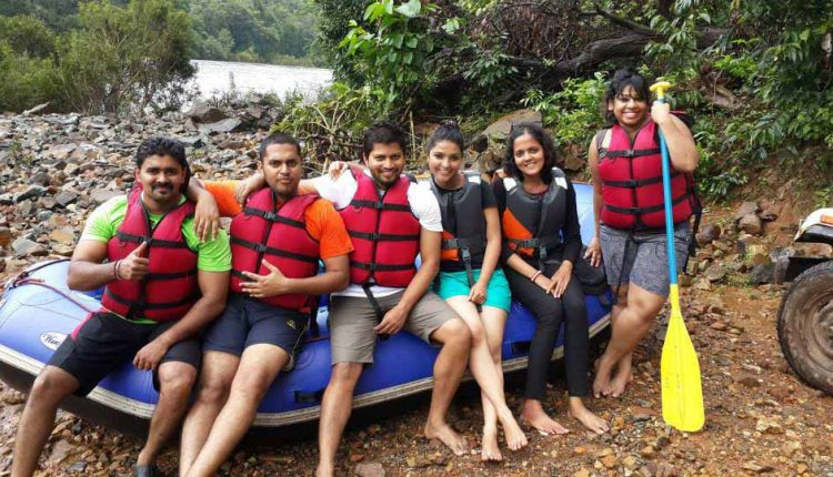 Equipments-provided-during-river-rafting-at-Valpoi