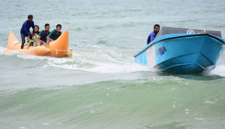 Banana-boat-ride-in-Goa