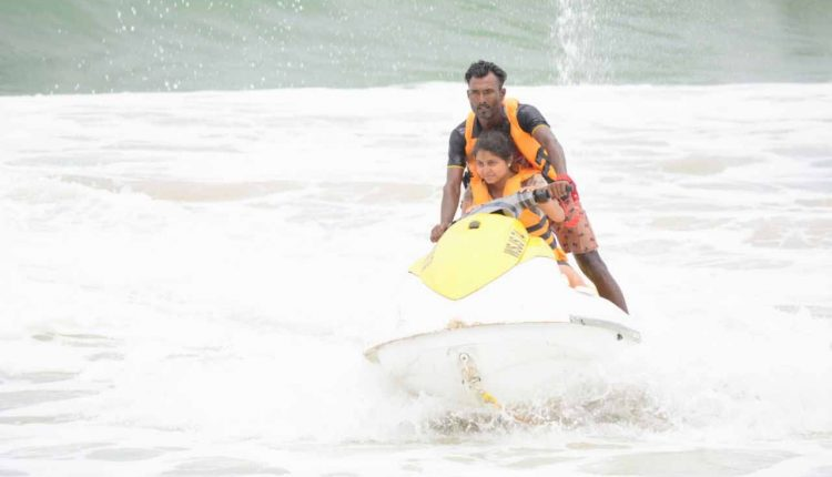 Jet-Ski-Ride-on-goa-baga - beach