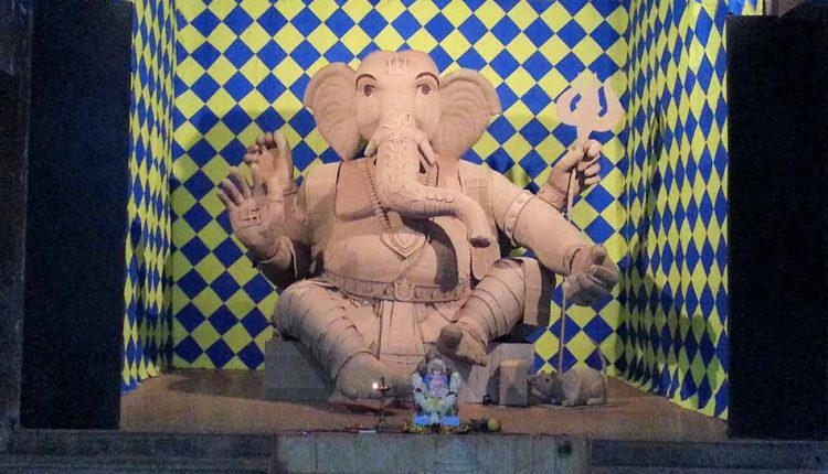 ganesh-idol-made-from-paper