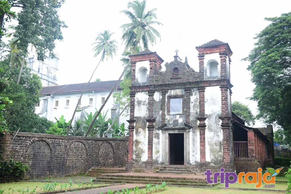 Chapel-of-the-Carmelites-Old-Goa
