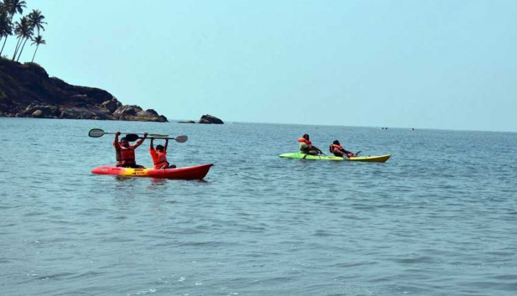 Kayaking-adventure-Boat-Trip-Goa