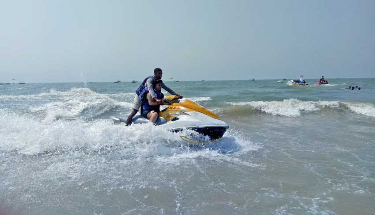 Jet-Ski-Ride-Monsoon-Activity-in-Goa